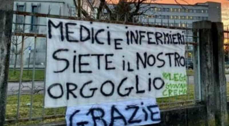 Beppe Severgnini, così via social ha replicato al doppio negazionista Bocelli