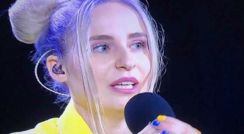 E lunedì scorso, la cantante cremasca Cara, lanciata da Davide Simonetta ha partecipato a Battiti Live trasmessa su Italia 1