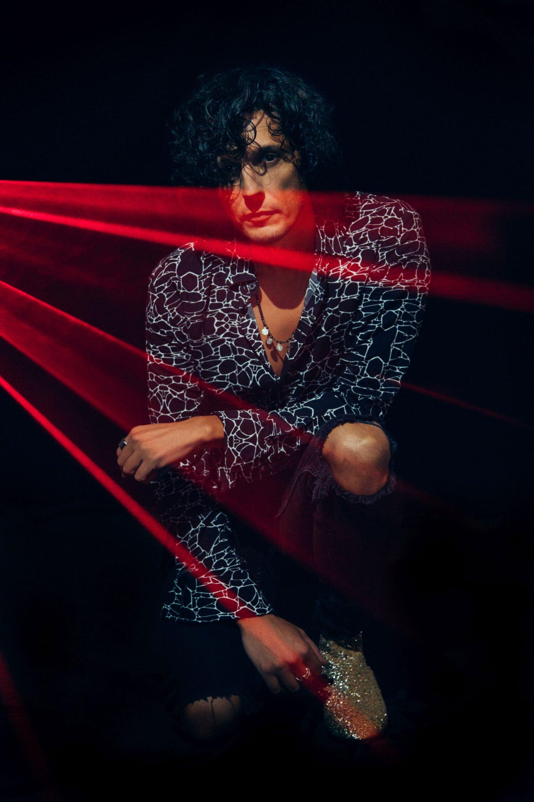 Ermal Meta, Un milione di cose da dirti è il brano in gara al 71° Festival di Sanremo