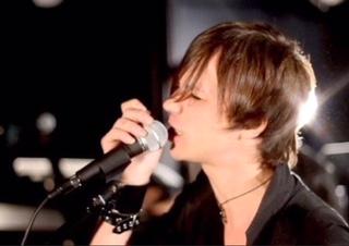 Il cantautore Andrea Spinelli: guardare Sanremo? Anche no è roba per Trapper ormai