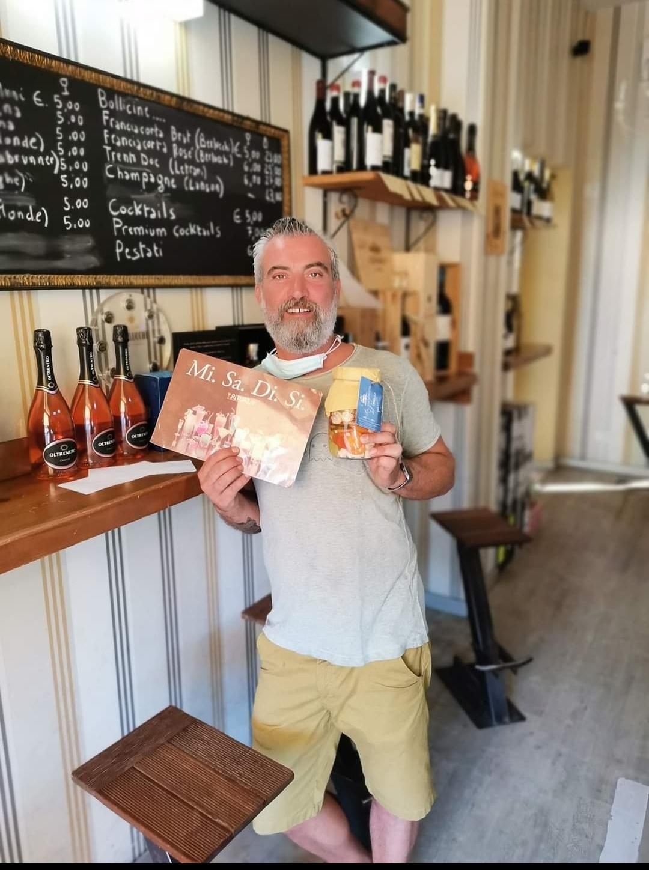 """Anche al Ritual Coffe, il locale di Grosseto ove c'è sempre il sole, grazie a Silvano Usini è arrivata la """"Giardiniera del Cerreto"""""""