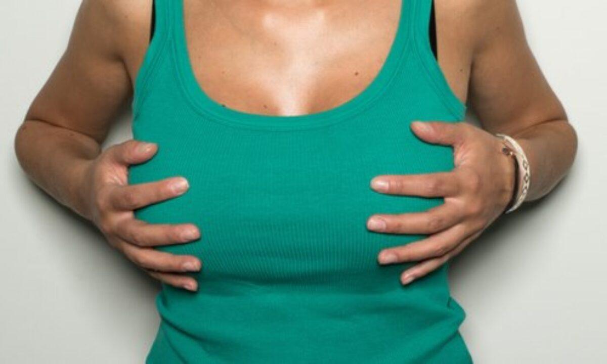 Estate e sensualità, quella sottile differenza tra seno e tette