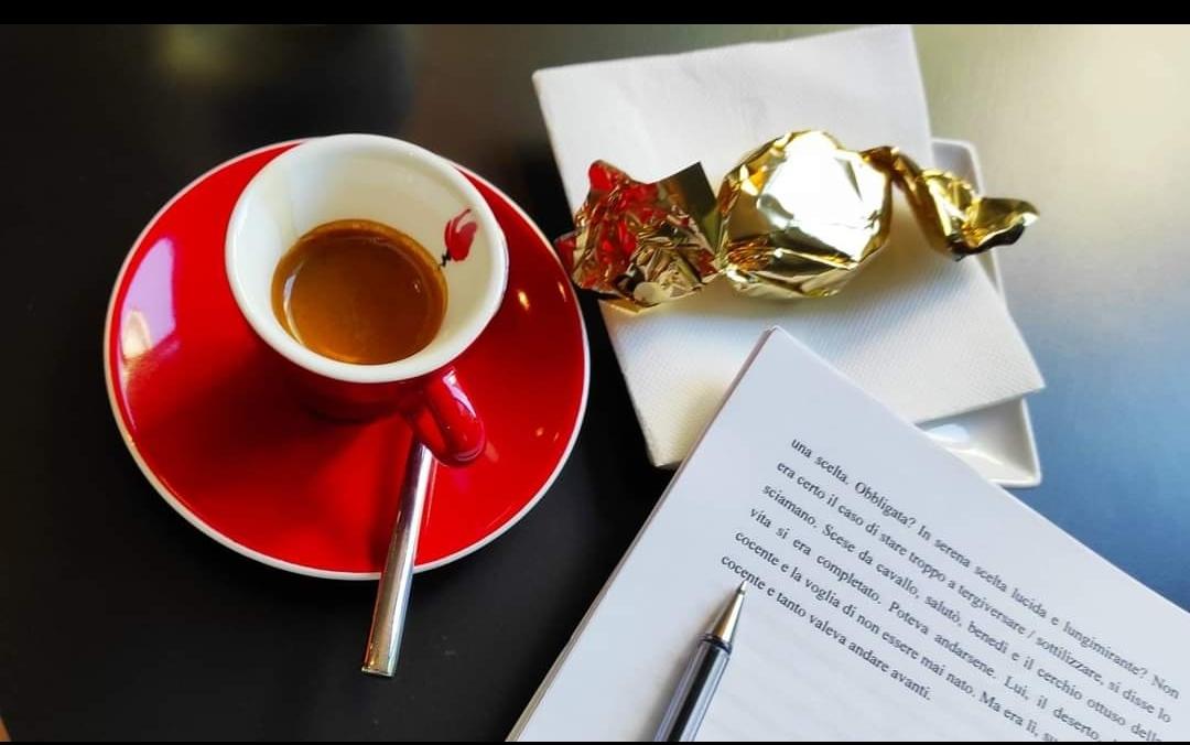 Cosa bolle nella pentola creative – artistica del FotoScrittore Arrigo Barbaglio, spesso avvistato al Caffè FuoriPorta?