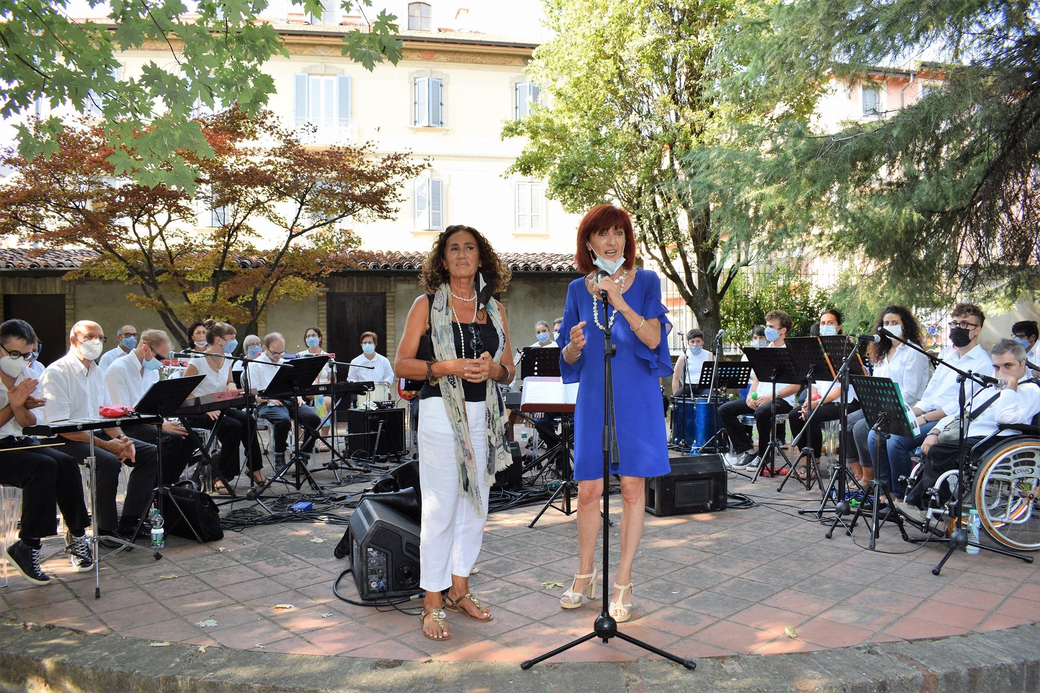 Tutto l'amore di MagicaMusica per la Fondazione Benefattori Cremaschi