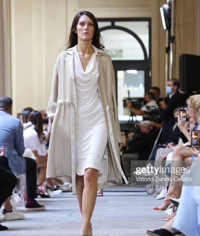 Cremasche alla Settimana della Moda a Milano protagoniste parte terza: la modella, bella e pensante Valentina Villani nuovamente protagonista alle passarelle milanesi…