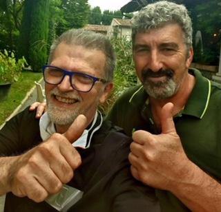 Che ci facevano il DocRock d'Italia e il PopBomber a Passarera? Semplicemente si sono ritrovati per papparsi i Tortelli Cremaschi mistici della mitica Rosetta.