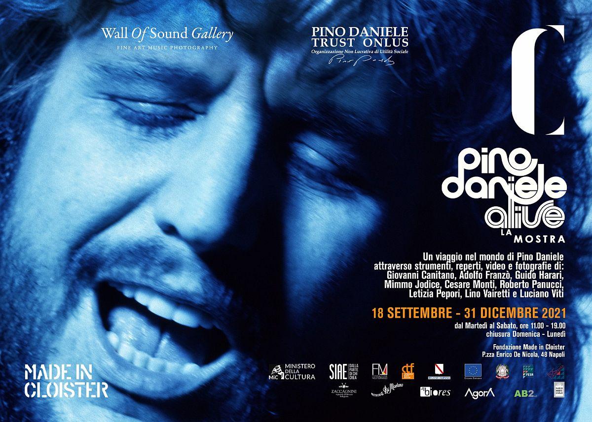 Pino Daniele Alive, la mostra multimediale a Napoli fino al 31 dicembre