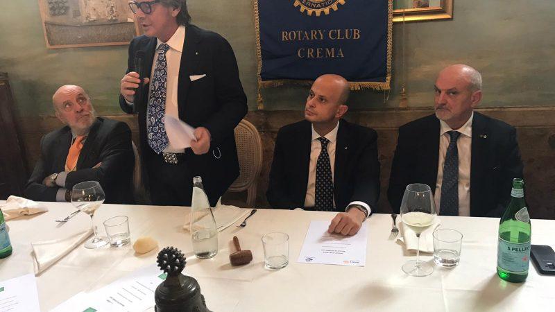 """Renato Ancorotti relatore al Rotary Club Crema sul tema: """"Cosmesi made in Italy, eccellenza internazionale, traino per la ripresa"""""""